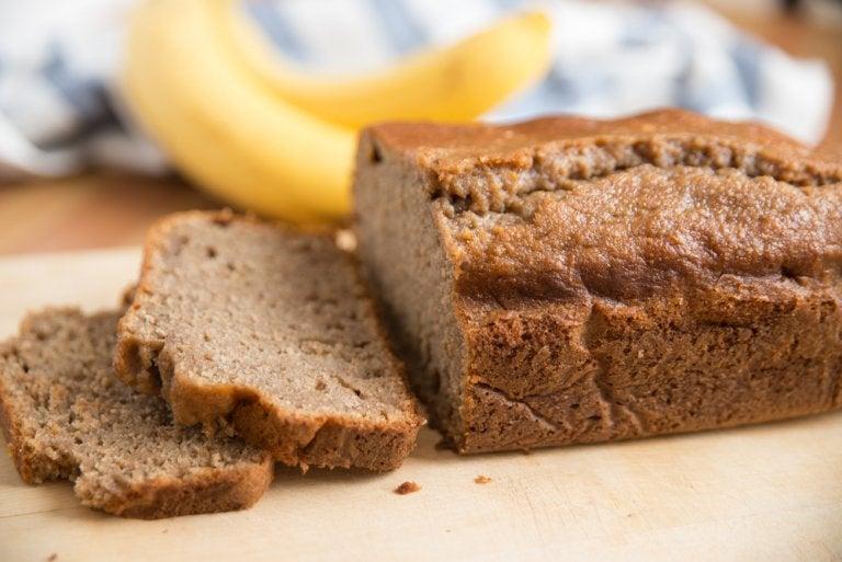 Cómo hacer un pan de plátano fitness: receta saludable