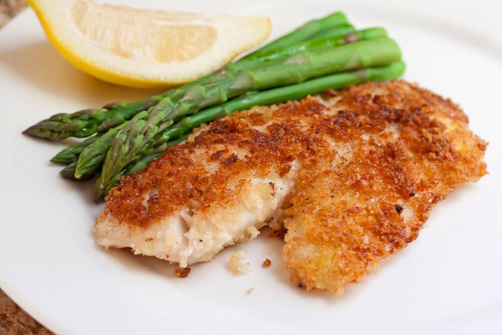 Receta deliciosa de pescado empanizado muy fácil de preparar