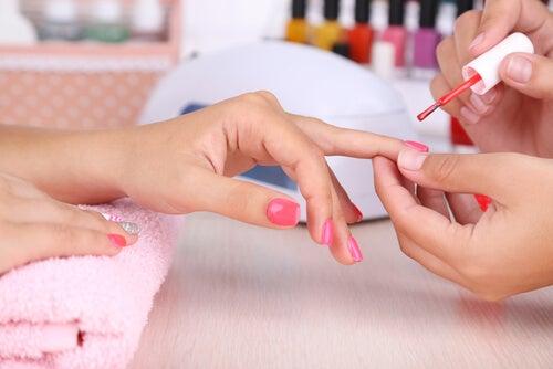Descubre lo que tus uñas dicen de tu personalidad