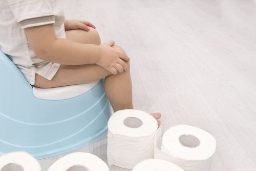 ¿Cómo reacciona tu bebé al quitarle el pañal?