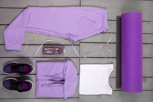 ¿Qué ropa debo usar para practicar yoga? 5 recomendaciones