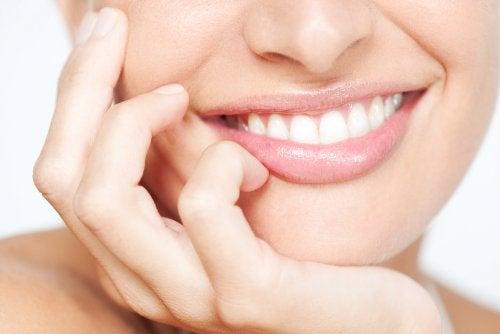 Consejos para cuidar los dientes contra las infecciones