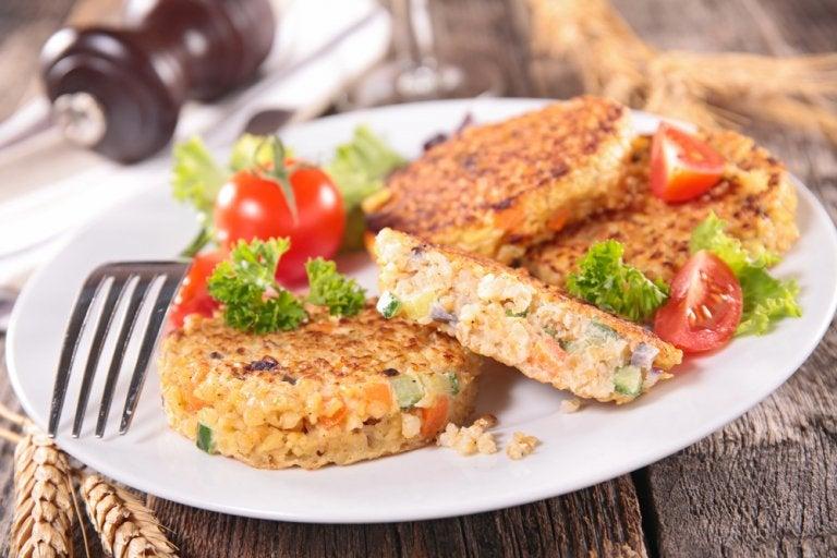Tortilla de puerro, quinoa y bebida de avellanas