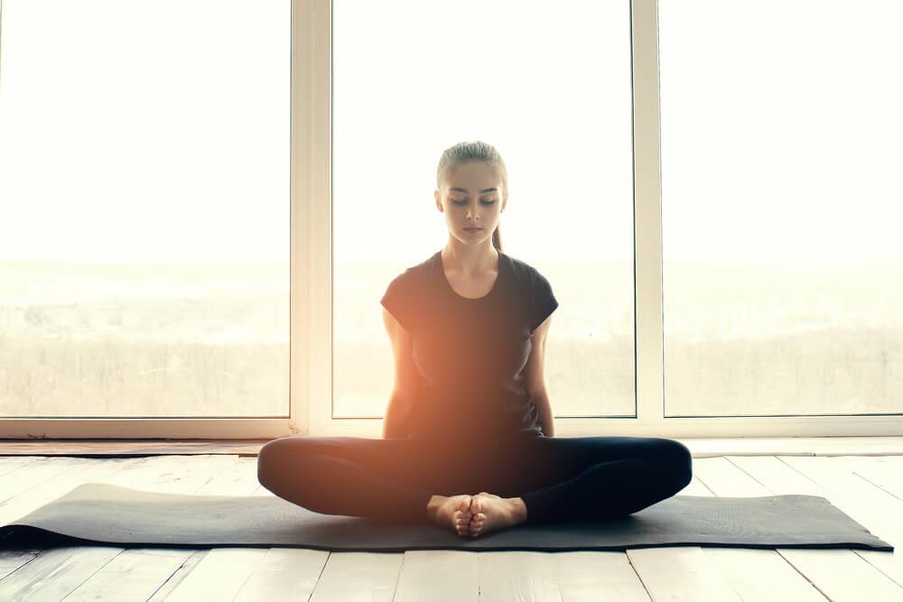 Yoga para combatir el estrés postraumático
