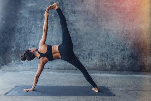 ¿Cuáles son las poses de yoga más difíciles?