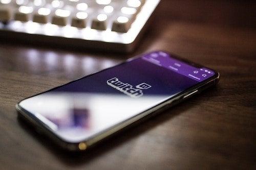 telefono Movil y redes sociales