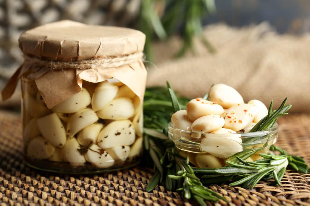 Aceite de ajo: un remedio muy versátil para cuidar tu cuerpo