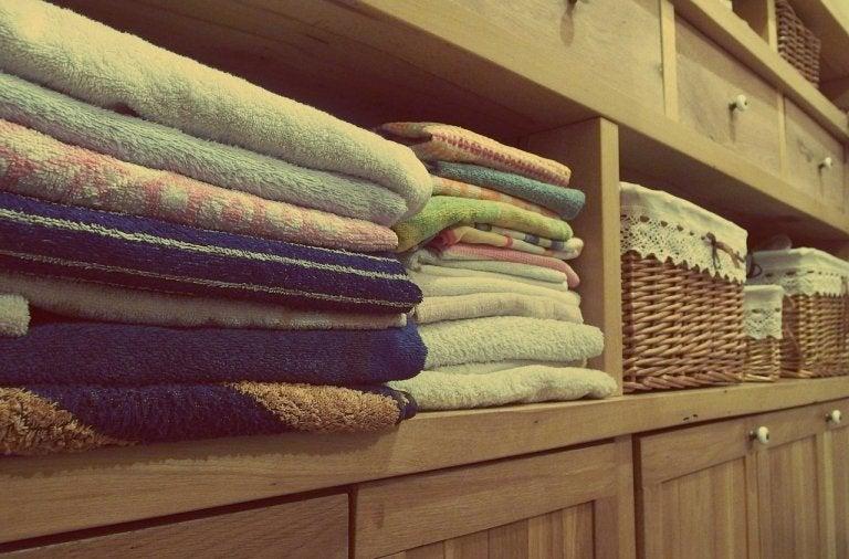 Consejos para aprovechar el espacio en el armario