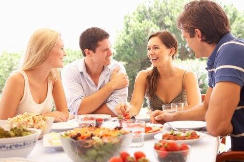 6 consejos para comer sano cuando sales de viaje