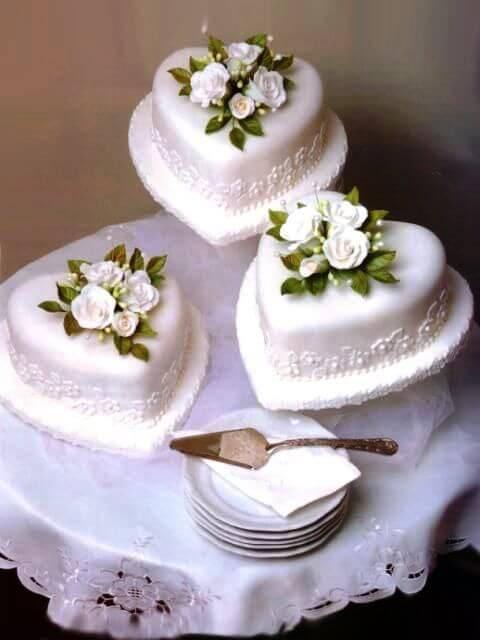 La-tarta-de-boda-es-un-elemento-fundamental-en-estas-ceremonias