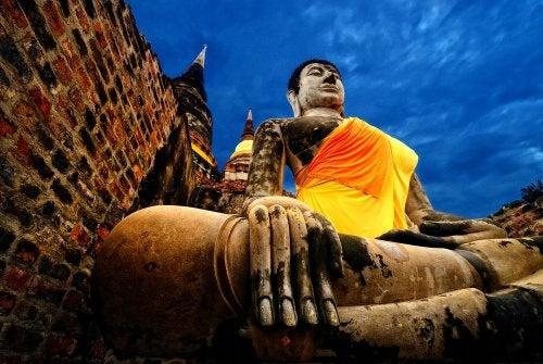 Conoce aquí las estatuas más altas del mundo
