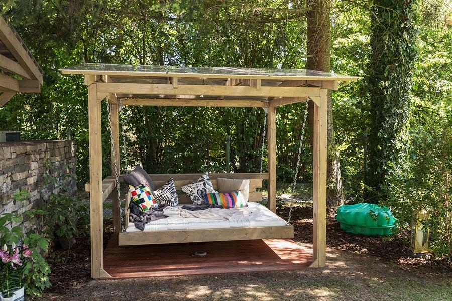 Camas balinesas ideales para decorar espacios exteriores