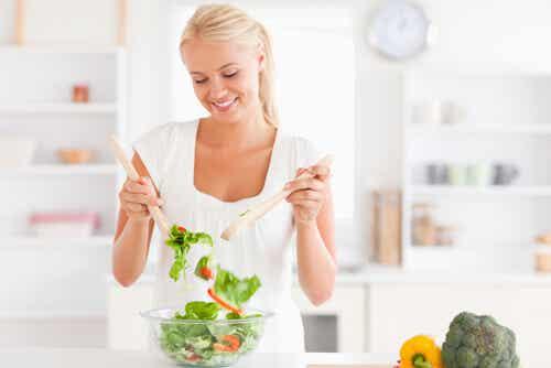 5 cenas ligeras que cuidan tu peso