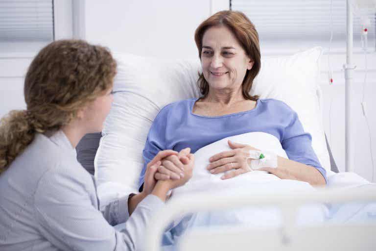 Cuidados paliativos: ¿en qué consisten?