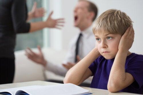 5 efectos de las peleas en casa en los niños