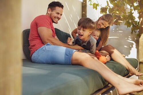 3 diseños de patios modernos para compartir en familia