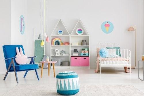 Descubre cómo organizar los juguetes de los niños con materiales reciclados