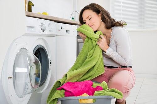 Eliminar el mal olor de las toallas