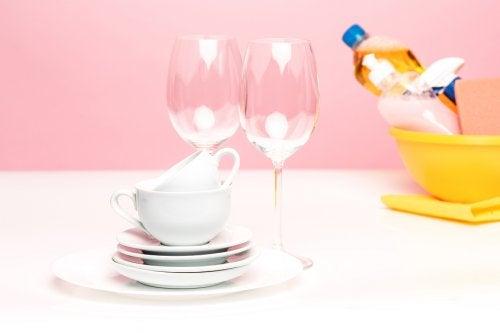 5 recetas para hacer un jabón lavavajillas casero