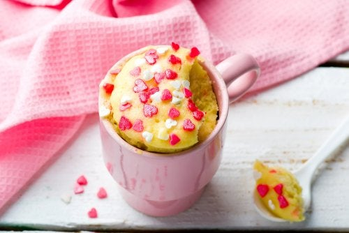 ¿Cómo hacer una mugcake de avena y plátano?