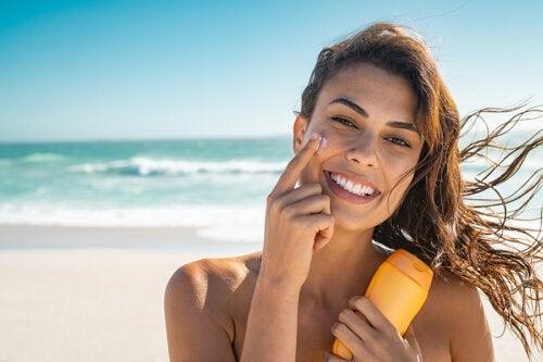 ¿Qué relación hay entre el factor de protección solar y el tipo de piel?