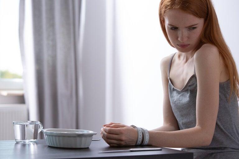 ¿Qué le pasa al cuerpo cuando no comes durante varios días?