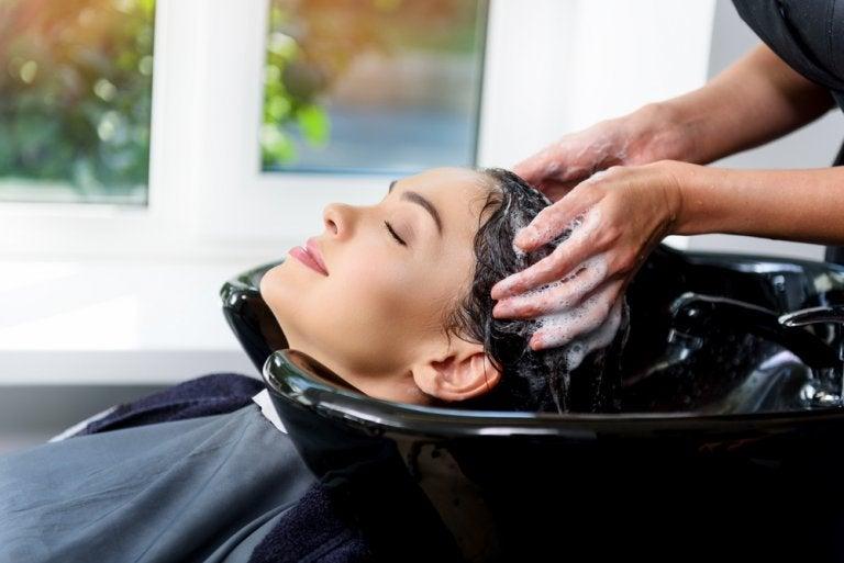 Los mejores beneficios saludables de ir a la peluquería
