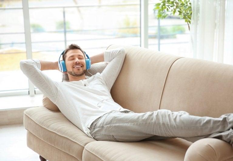5 hábitos que están arruinando tu descanso sin saberlo