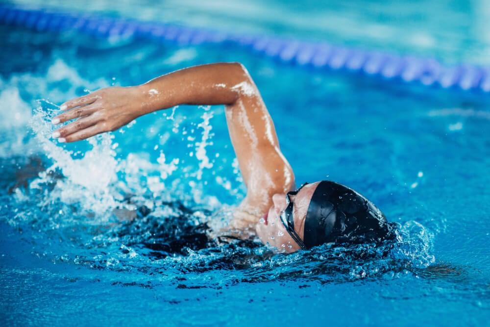 gorro de natación piscina