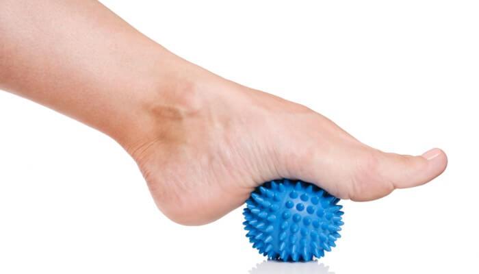 Pelota para masajear el pie y eliminar el dolor en los pies