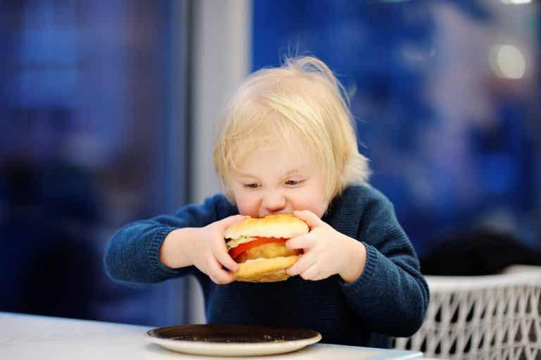 Prevenir la obesidad infantil es posible, descubre cómo hacerlo