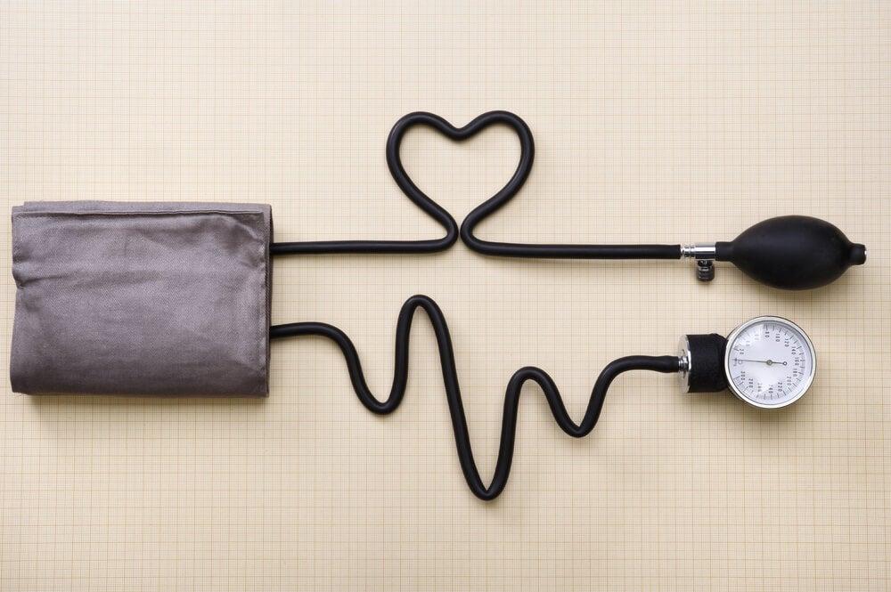 Remedio de cúrcuma y jengibre para subir la tensión arterial