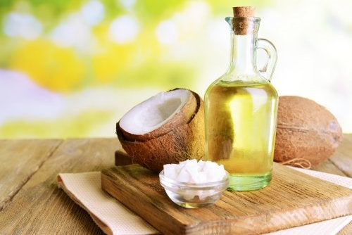 Aceite de coco para lucir un cabello espectacular