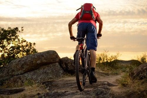 Conoce los beneficios de practicar ciclismo de montaña