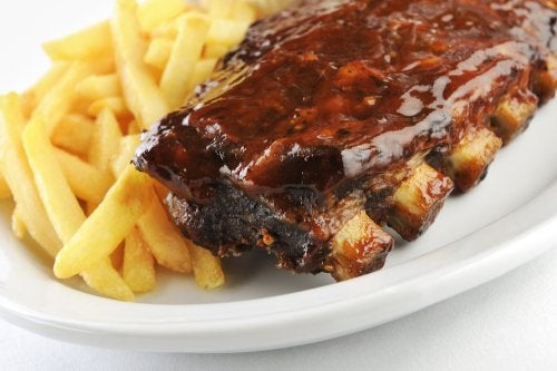 Prepara unas deliciosas costillas de cerdo en salsa agridulce con esta receta
