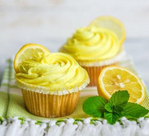 Cupcakes de limón y albahaca veganos