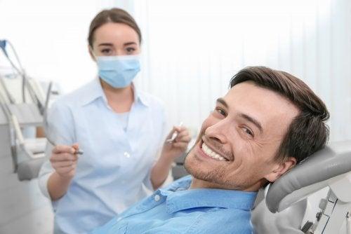 Conoce estas razones por las que no puedes esperar para ir al dentista