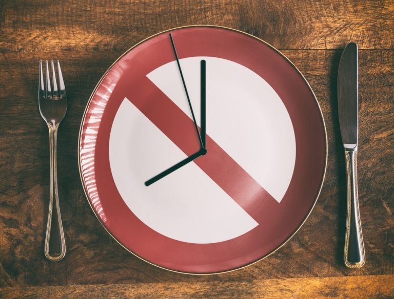¿Realmente funcionan las dietas de ayuno? Esto es lo que debes saber