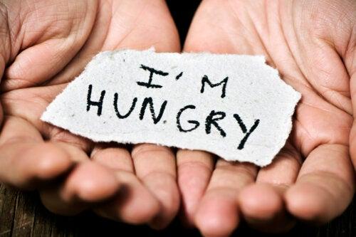 Diferencias entre hambre física y ansiedad. ¡Descúbrelas!