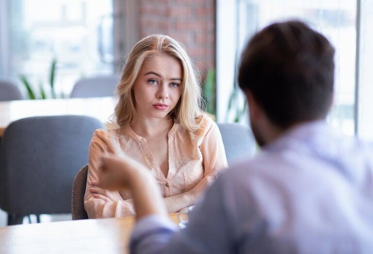 3 consejos que te recomendamos seguir si tu novio es manipulador
