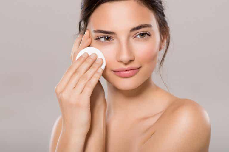 Cómo hidratar la piel seca con productos caseros