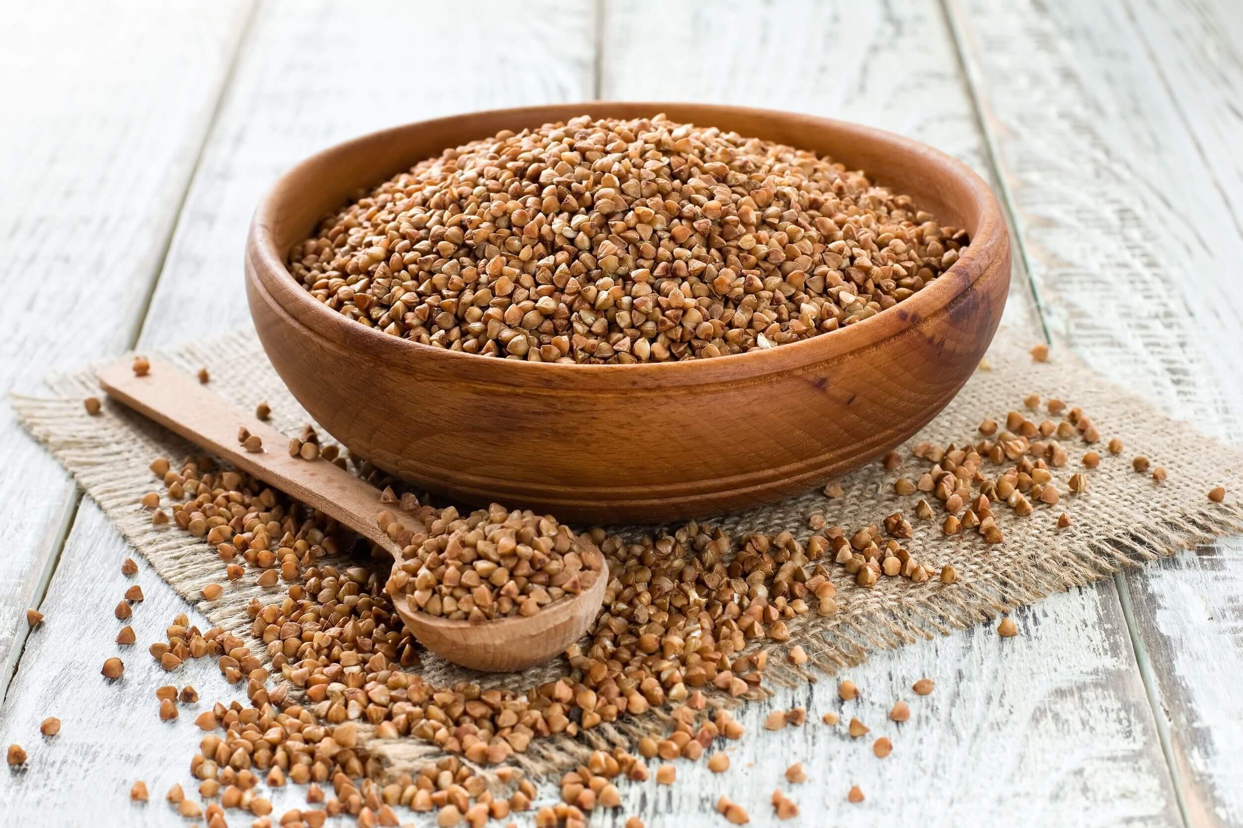 Los cereales integrales para la dieta incluyen el alforfor.