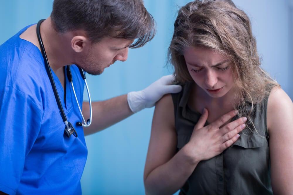 Técnicas de toracocentesis terapéuticas para los derrames pleurales
