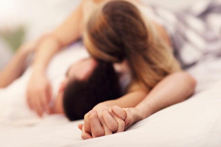6 posturas sexuales románticas para disfrutar en pareja