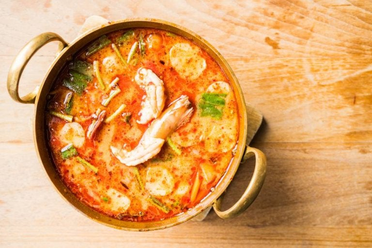 Receta casera de sopa de mariscos fácil de preparar