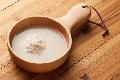 Cómo preparar agua de arroz para la gastritis