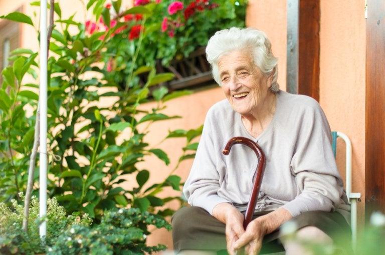 6 consejos para ayudar a un adulto mayor a sobrellevar una enfermedad