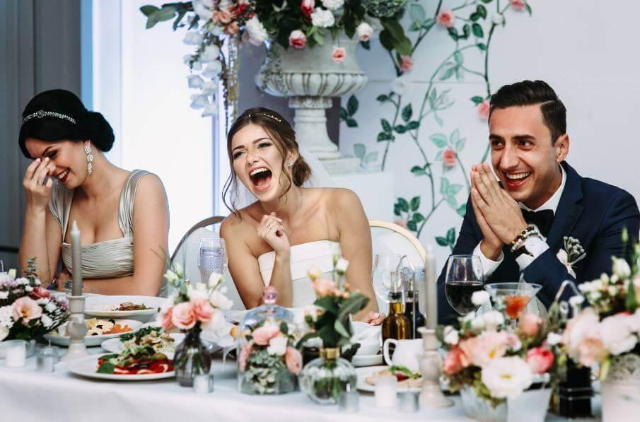 Risas en una boda
