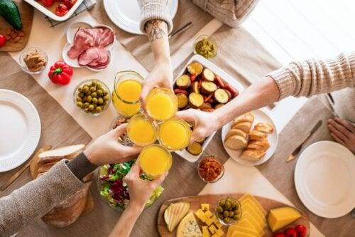 Descubre cuáles son los 4 alimentos que más engordan