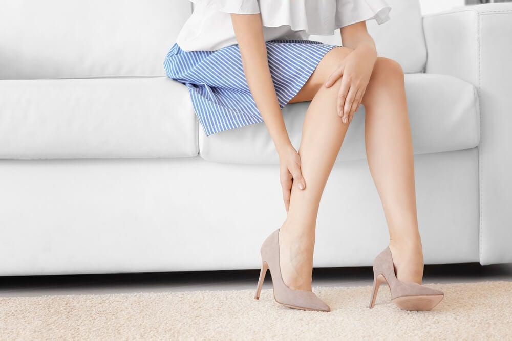 Como curar el cansancio en las piernas